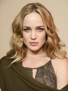 Caity Lotz, Toby Stephens - The machine caity_lotz-224x300